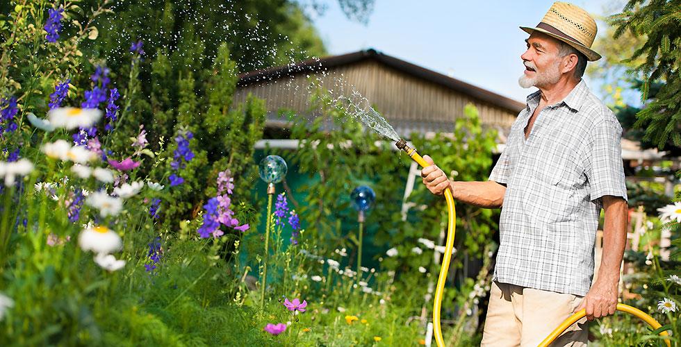 Schlauch Garten gießen